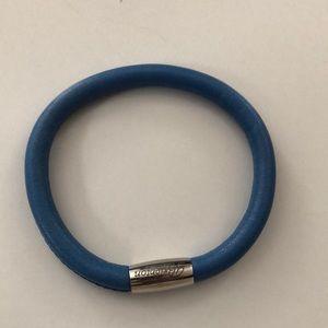 Brighton Jewelry - Brighton Blue Woodstock bracelet